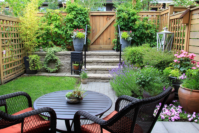 TRANSFORMING YOUR GARDEN WITH ECODECK LANDSCAPE PRODUCTS